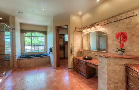 Fantastic Master Bath w / Double Vanities