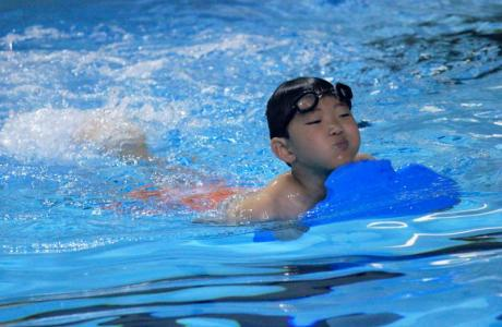 The Aerobics Center swimming pool is the perfect place to host swimming lessons