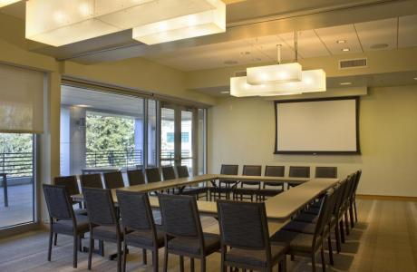 This valley room is one of the 6 meeting rooms located in the Student Center.