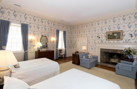Spend the night in the Christopher Suite in the main manor house