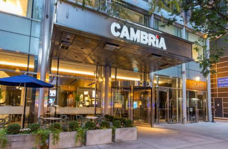 Cambria Chicago Magnificent Mile Lobby Entrance