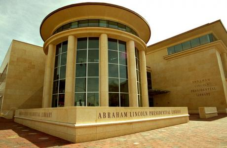 Daytime meeting, seminar or luncheon? The Lincoln Presidential Library has venues ideal for daytime events.
