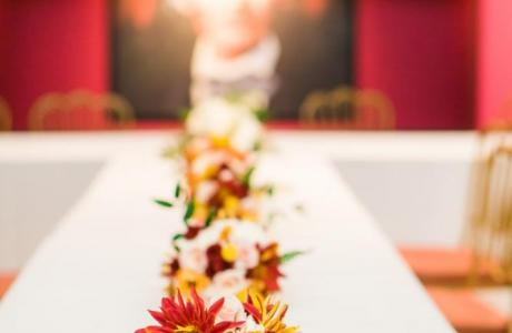 Head table awaits the arrival of the members of the wedding party. (Photo by Angie Jackson Photography)