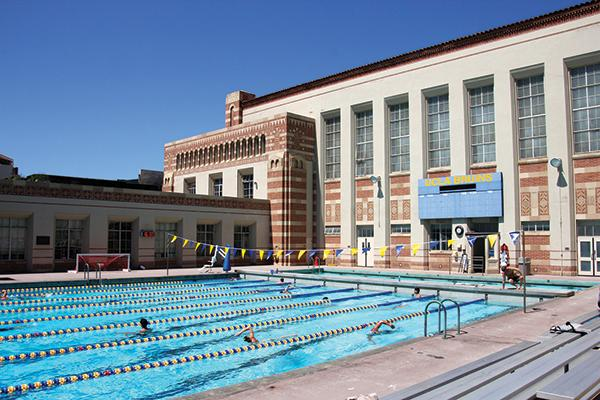 UCLA Recreation - Swimming Pool