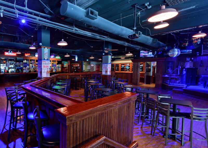 Holiday parties at Howl at the Moon make for an unforgettable night out!