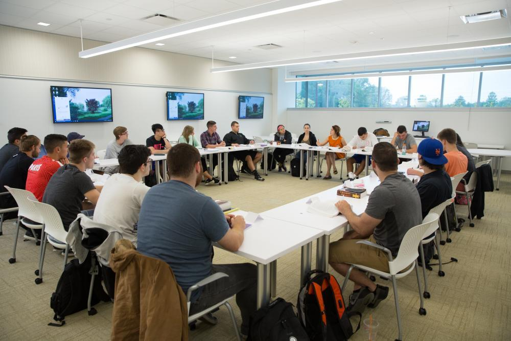 Academic Innovation Center Flat Classroom