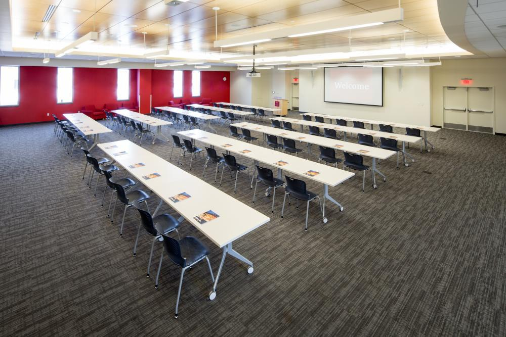 Anderson 111 and 112 classroom style