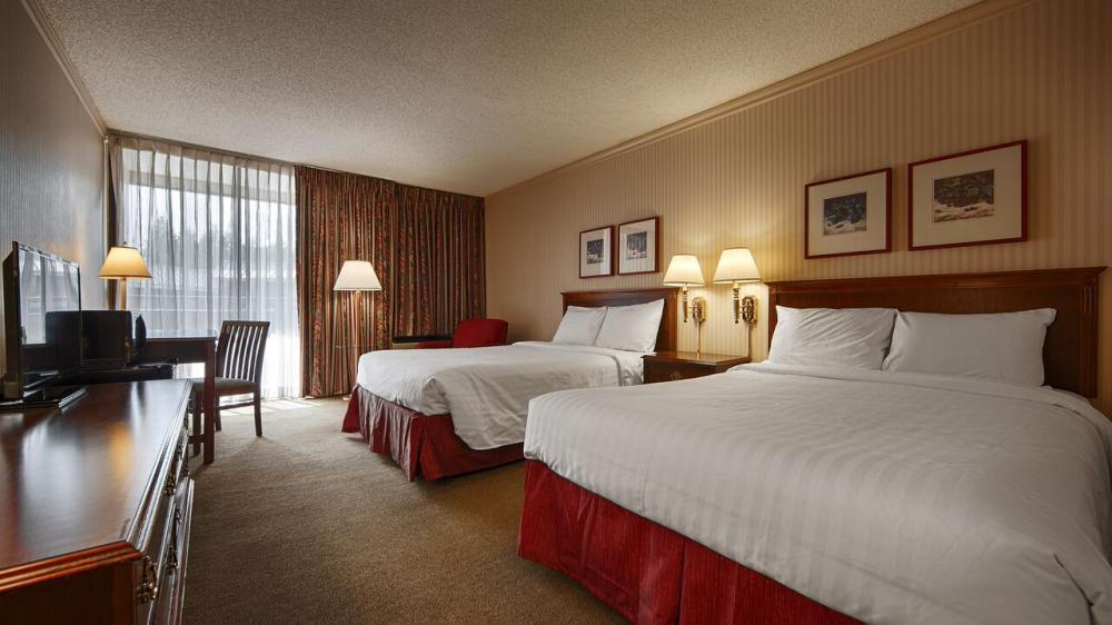 University Place Hotel and Conference Center Portland Comfort Room
