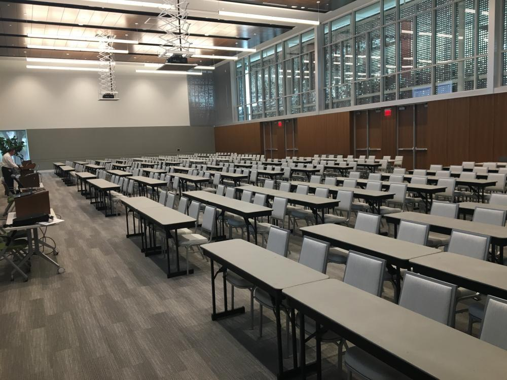Davidson-Gundy Alumni Center Ballroom  Classroom Set