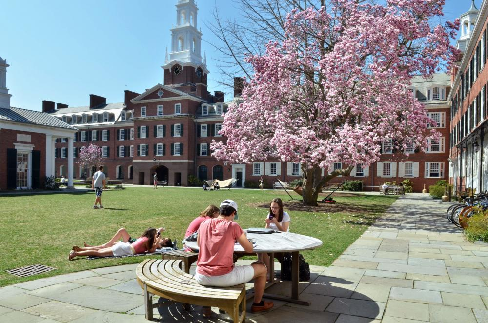 Timothy Dwight Courtyard - Residential College