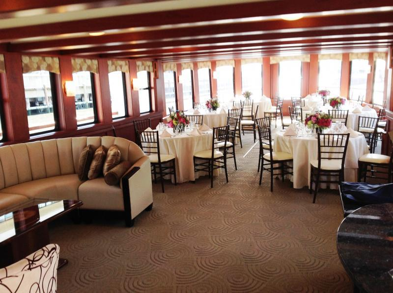 Lexington Dining Deck and Comfortable Seating Arrangement