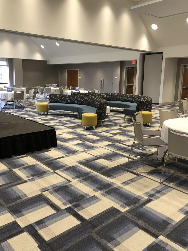 University Commons Banquet Room with Mixed Seating
