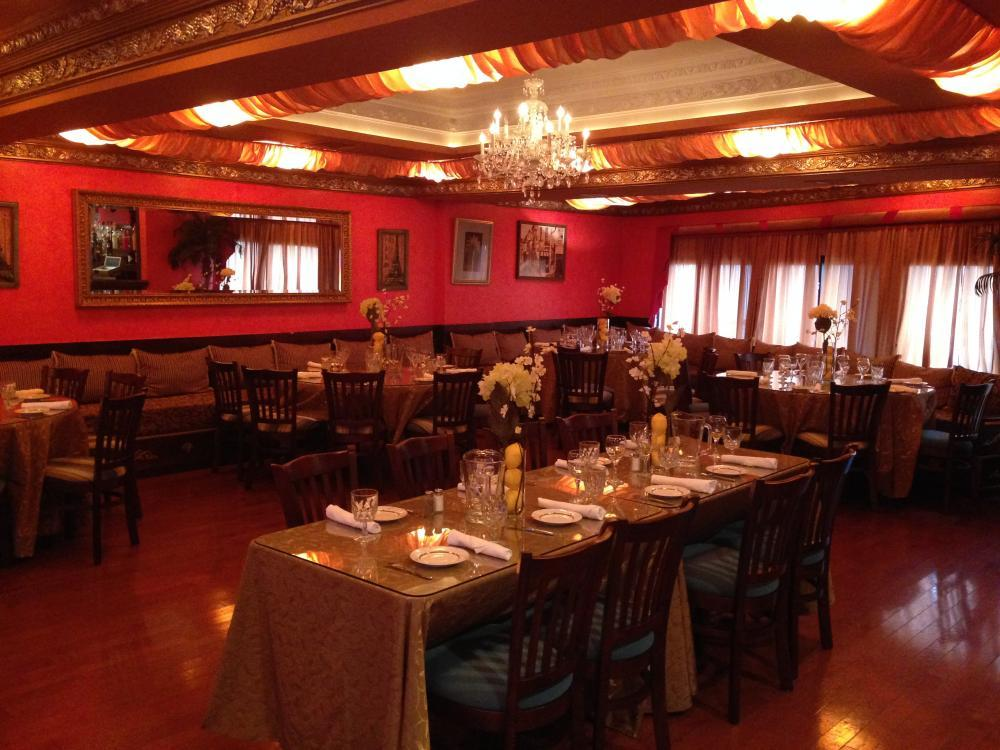 Gorgeous private dining room accommodates 85 dining guests & 100 reception-style