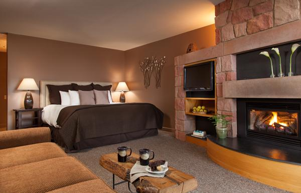Luxury Accommodations with King Size Beds & Fireplaces