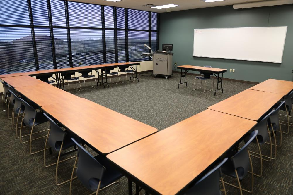 IWU Lexington - Small Classroom