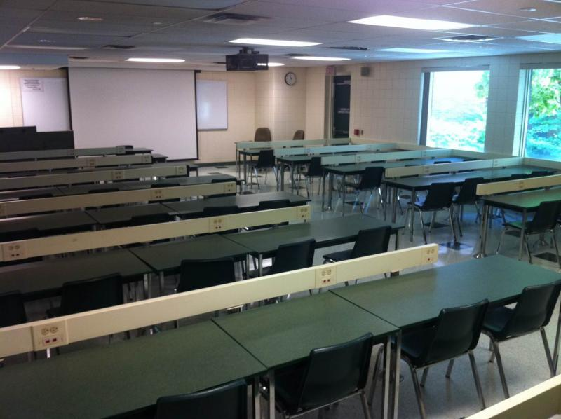 Classroom with a capacity of 60 people