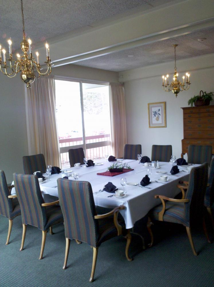 Willits-Hallowell Center Private Dining Room