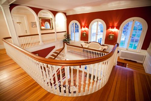 The Main Manor boasts elegant accommodations for up to 22