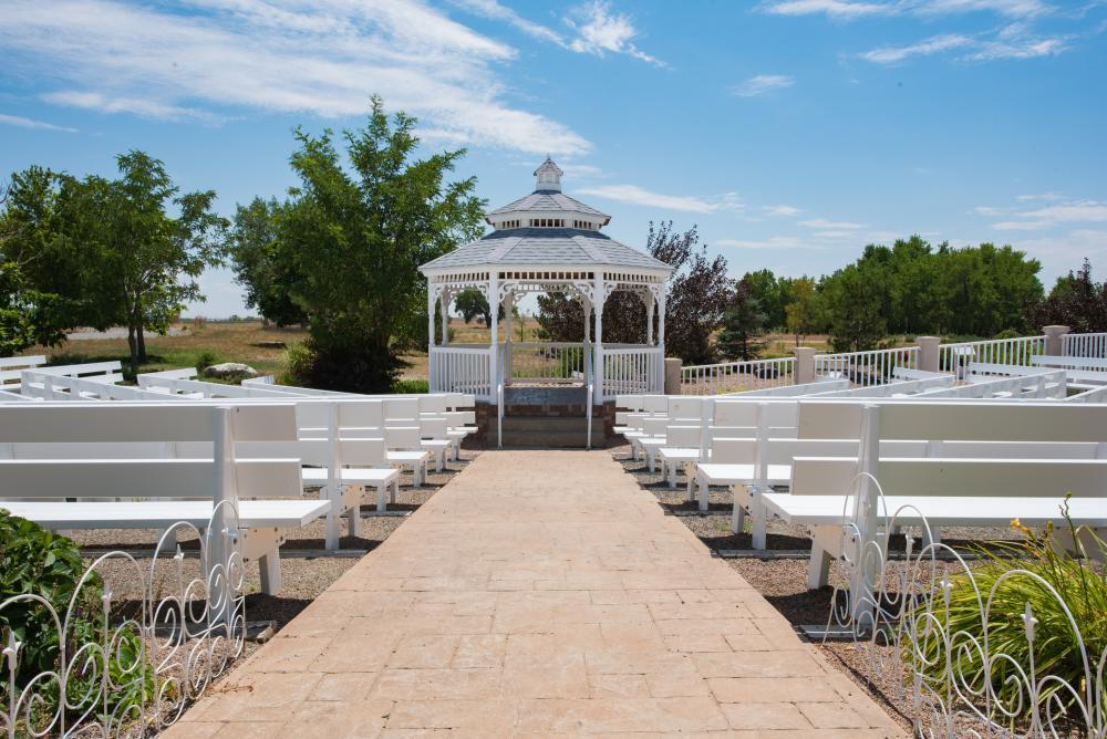 wedding gazebo and seating
