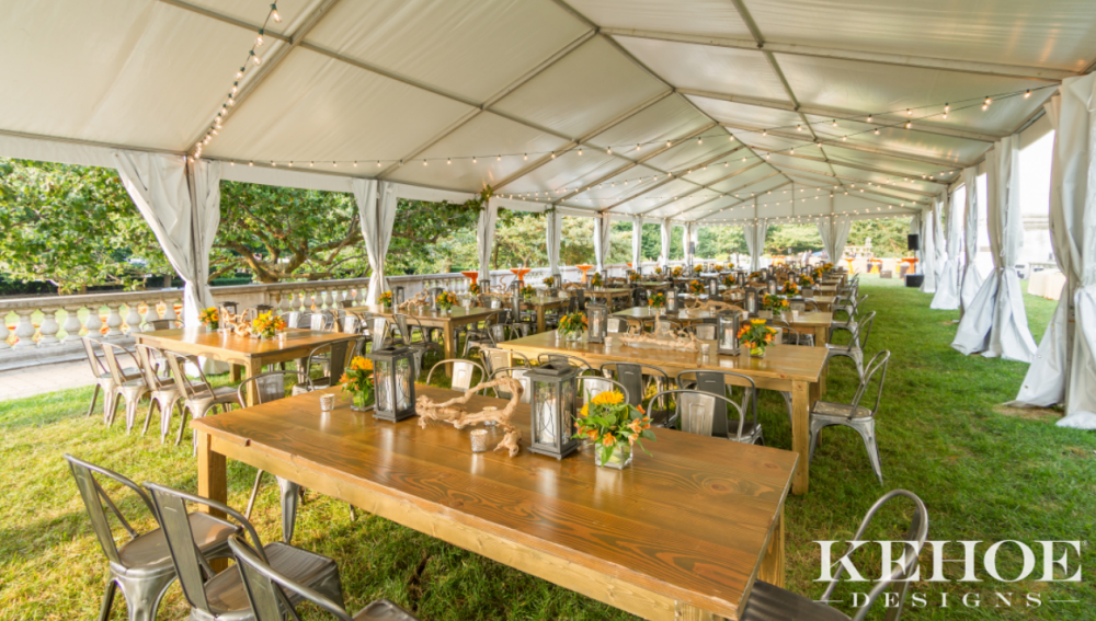 Outdoor Terrace, decor and photo by Kehoe Designs