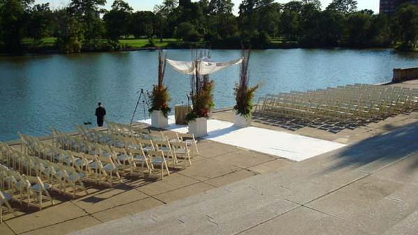 Stunning location for a wedding ceremony, reception or picnic.