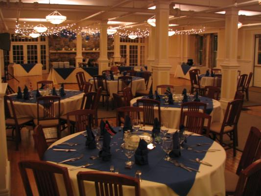 Gullen Lounge Table Set-up