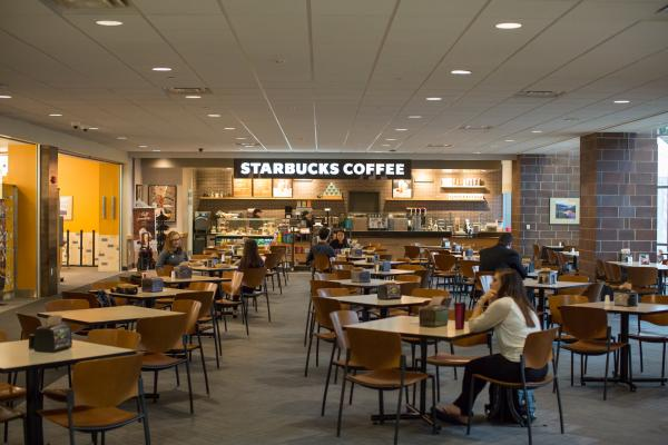 food court, pizza, Starbucks, casual dining