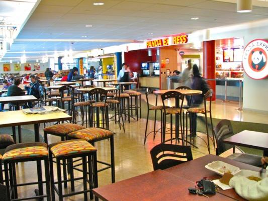 Retail Dining at The HUB
