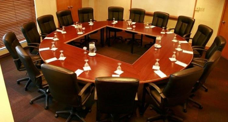 Board Room - Gateway Hotel and Conference Center