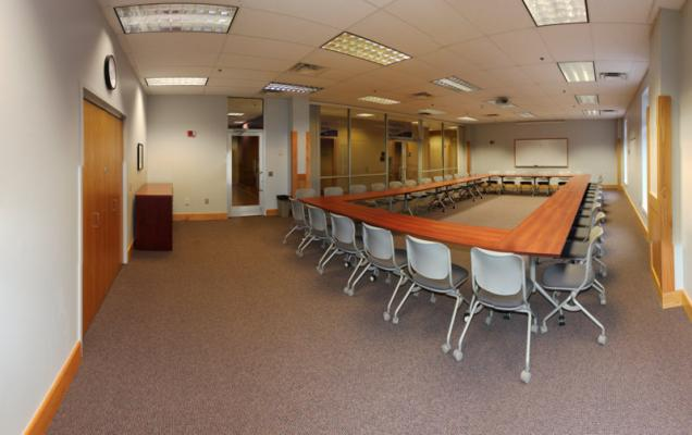 Cardinal Room (Conference Style)