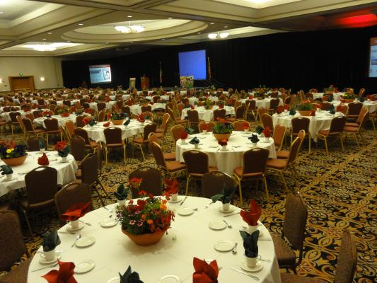 Crowne Ballroom - Banquet set up for 600 guests