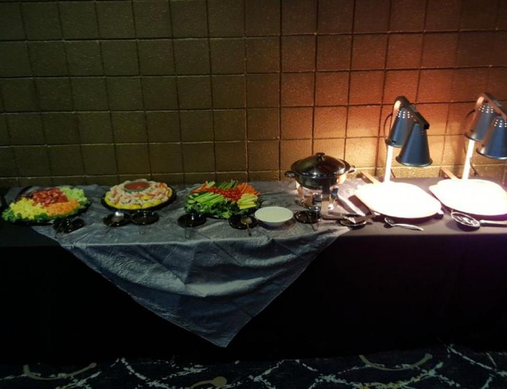 Buffet with Carving Stations