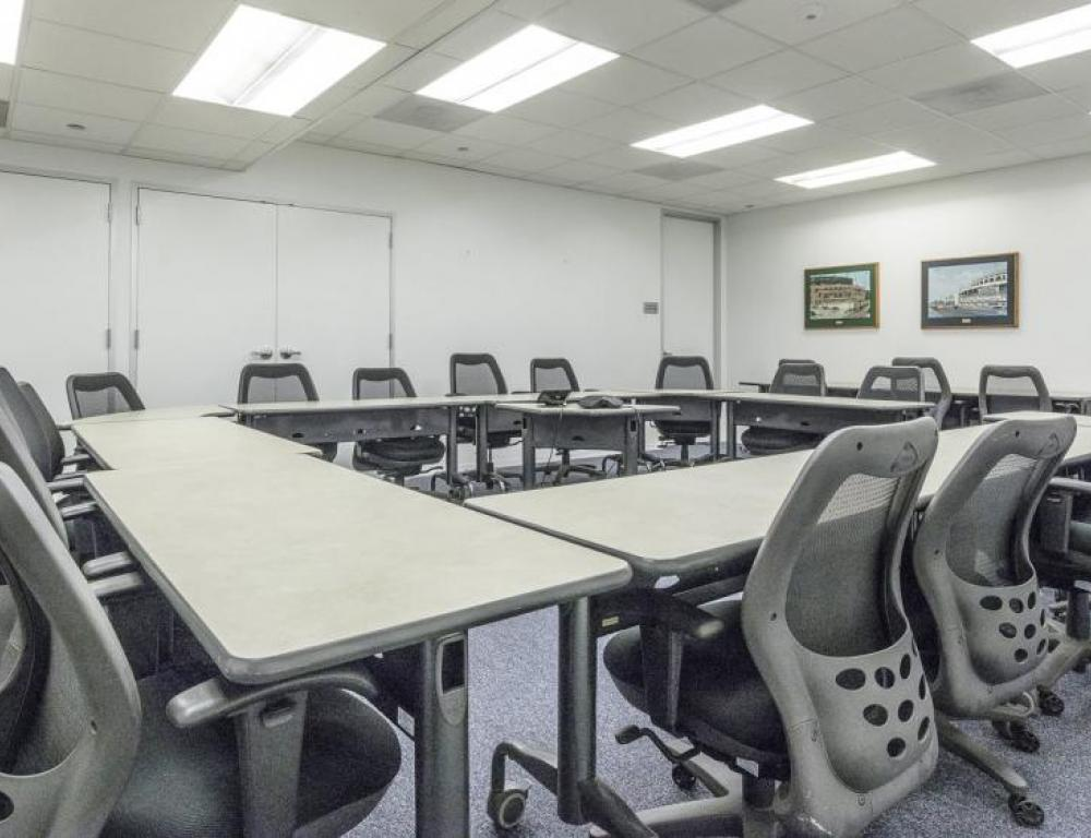 Ideal for offsite meetings, receptions, or smaller conferences