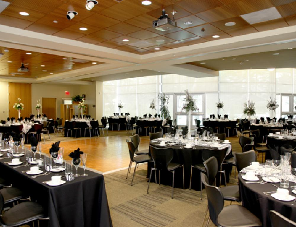 Redmond Dining Room - Alumni & Visitors Center