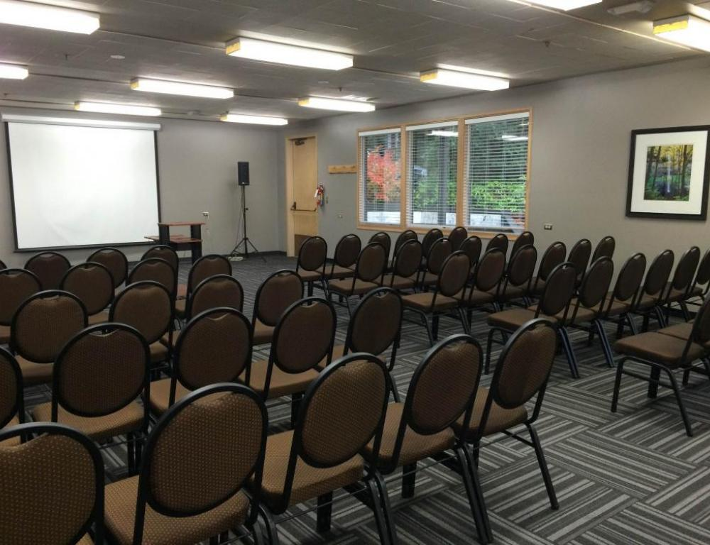 The David Douglas Room is ideal for board meetings, staff retreats, and small lunch meetings.