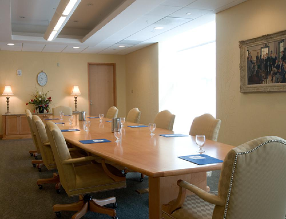Governor's Conference Room: A comfortable location for small meetings and retreats.