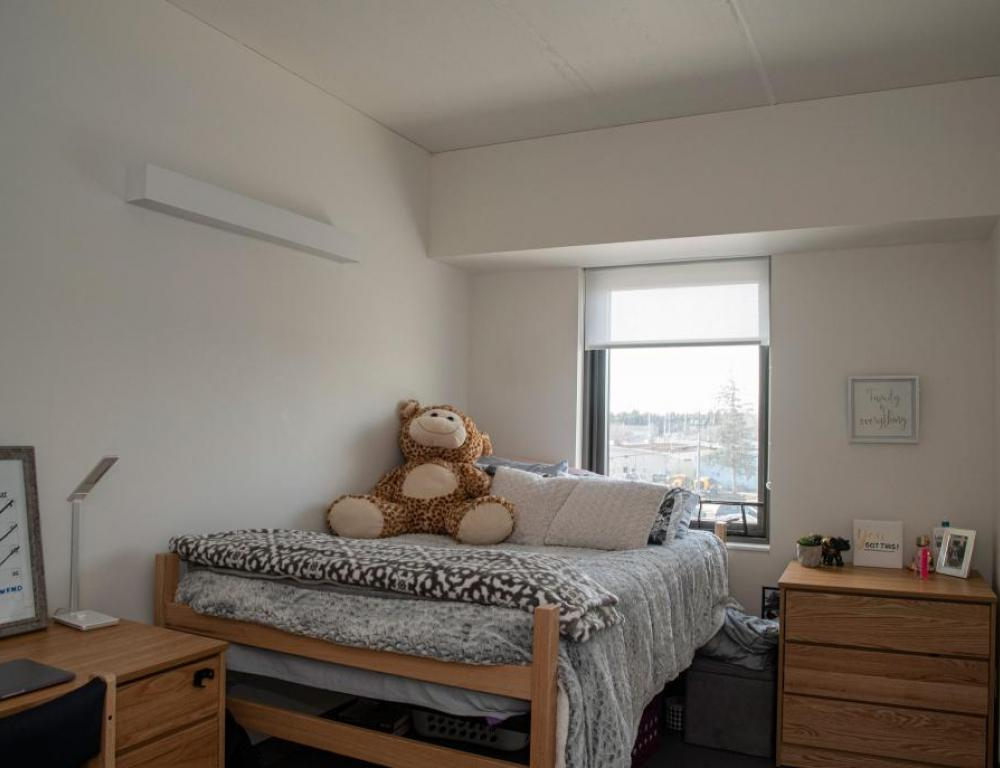 Brookside Residence Hall Suites - Private Bedroom