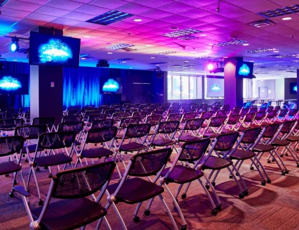 Conference Hall, one of our 250 meeting rooms equipped with the latest technology