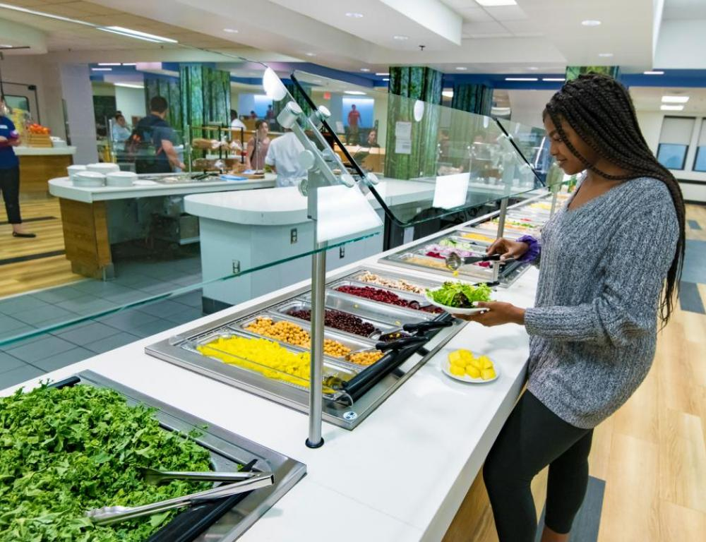Guests enjoy healthy, delicious dining across campus and with neighborhood vendors.