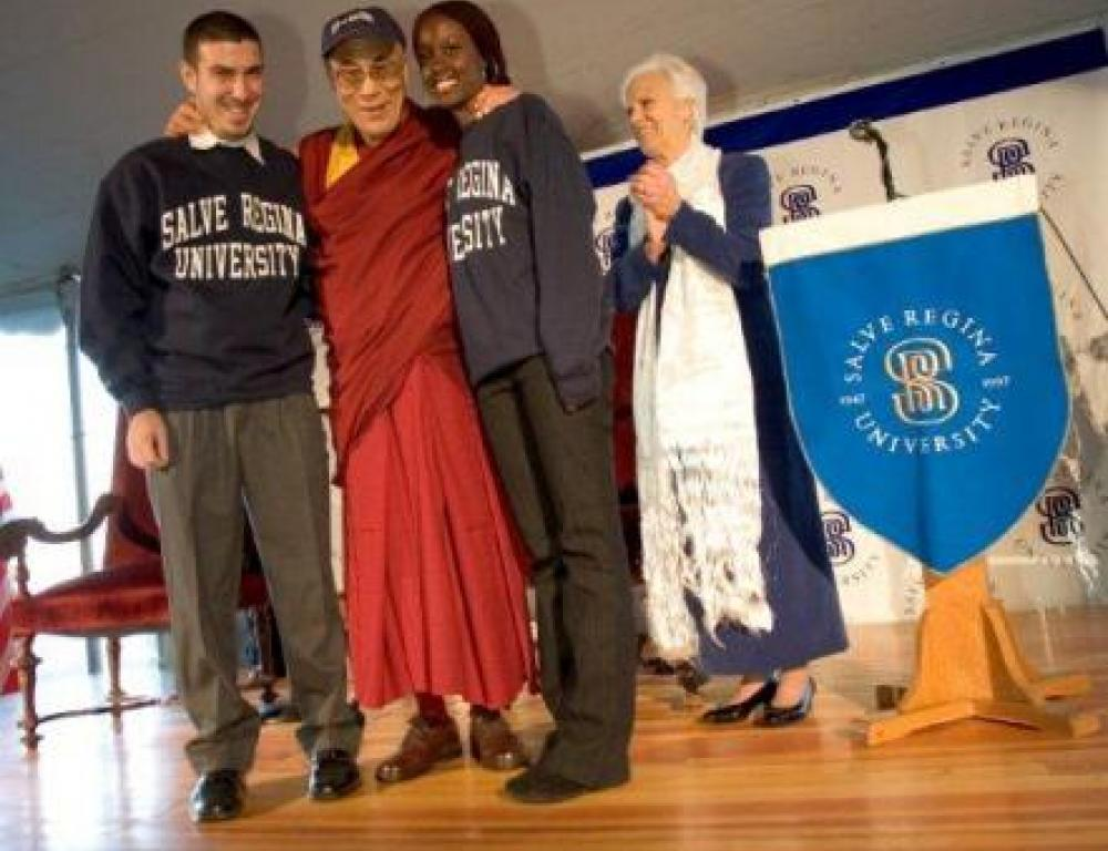 His Holiness the 14th Dalai Lama meets with Salve Regina students