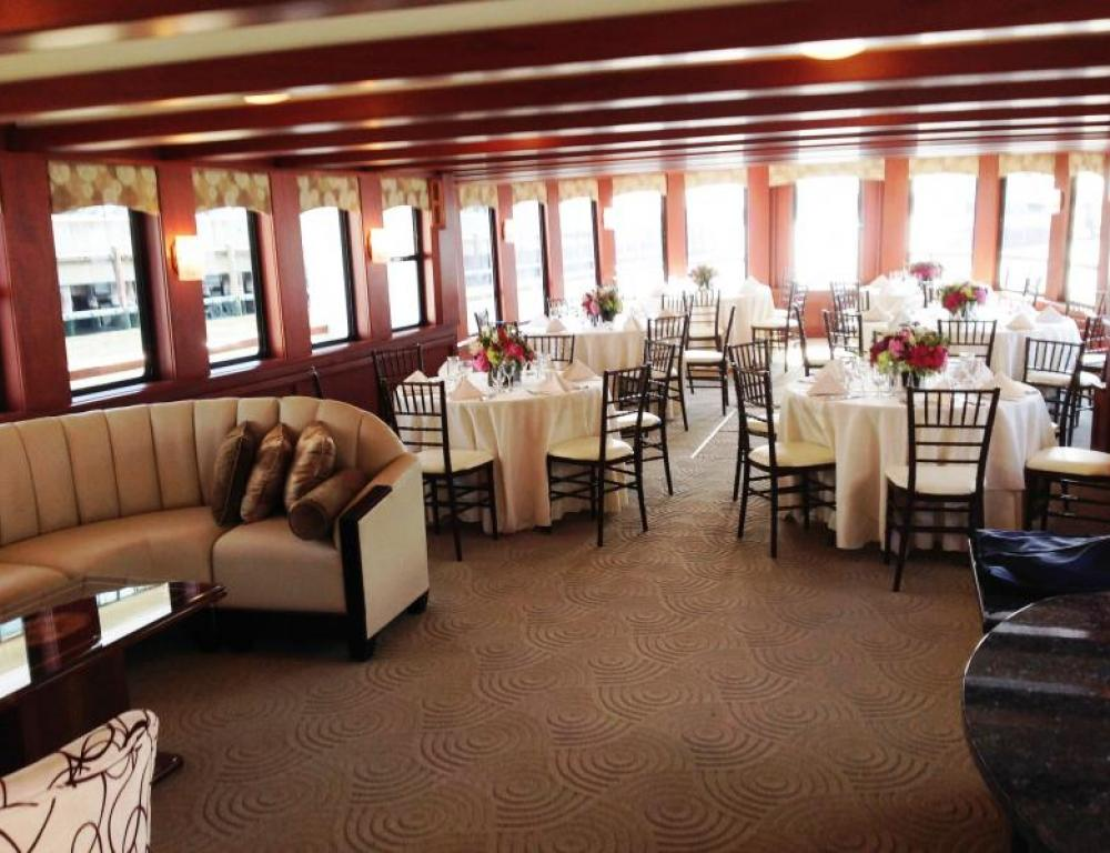 Dining Deck and Comfortable Seating Arrangement on the Hudson Harbor