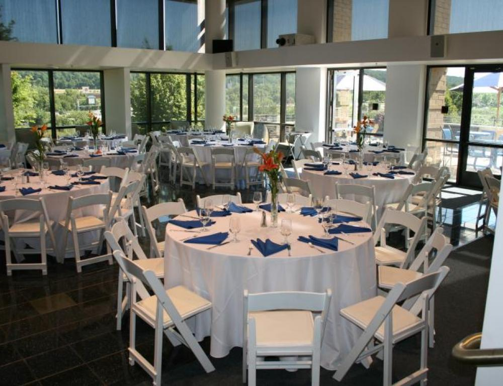 Dining in Conference Center Lobby