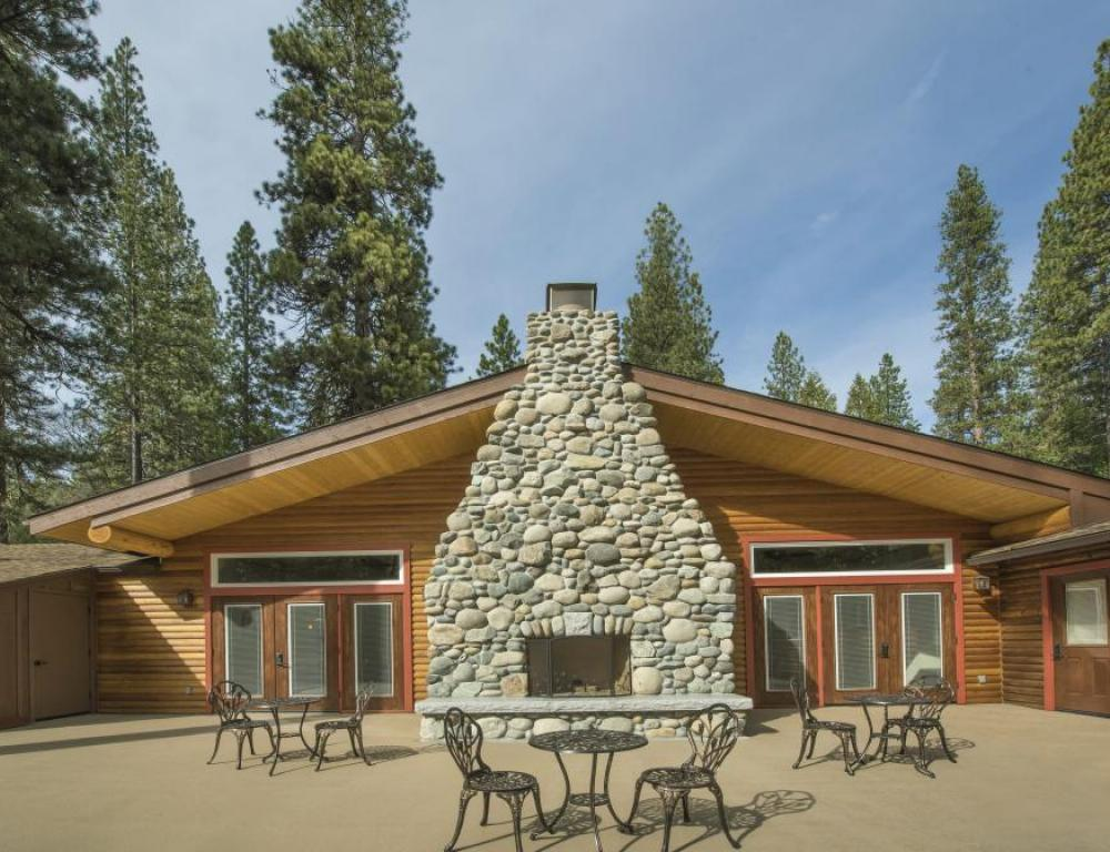 Group events and Weddings in the majesty of Yosemite National Park
