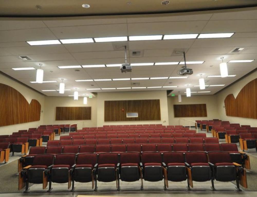 Giedt Lecture Hall - The campus offers many classrooms and lecture halls ranging in capacity from 15 to more than 500