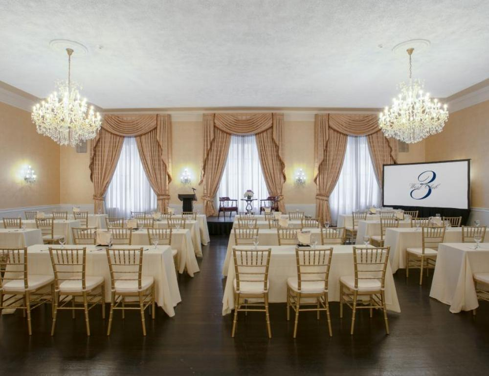Grand Salon Classroom