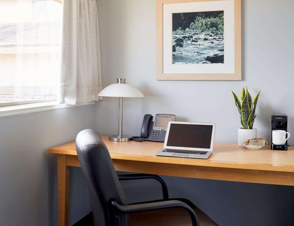 Guest Rooms with Workspace