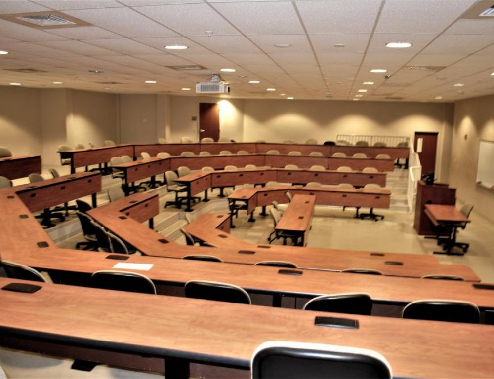 Hoover Business Center: Classroom