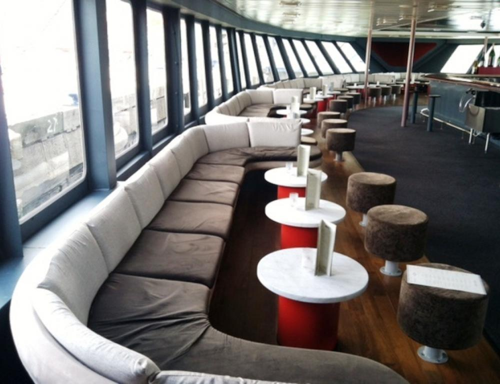 Comfy lounge seating perfect for networking and bonding on a Hudson Harbor yacht