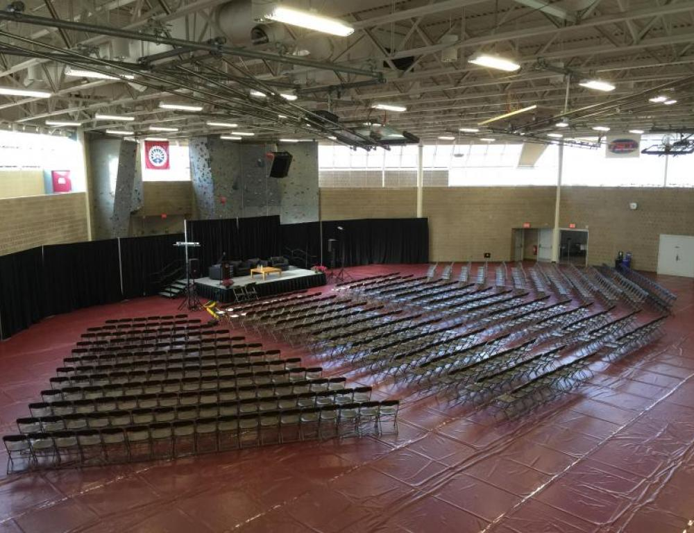 Large Group Presentation Space in Robert Crown Ct