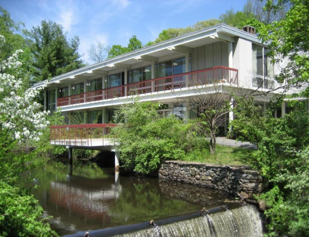 Willits-Hallowell Conference Center is available year round